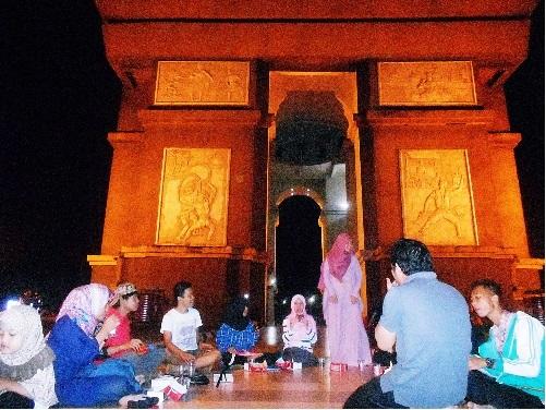 kampung inggris goes to Paris - SLG